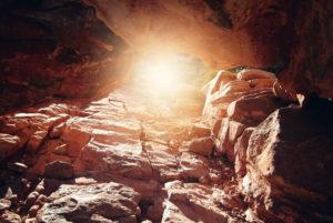 Read more about the article Sortir de la caverne des illusions